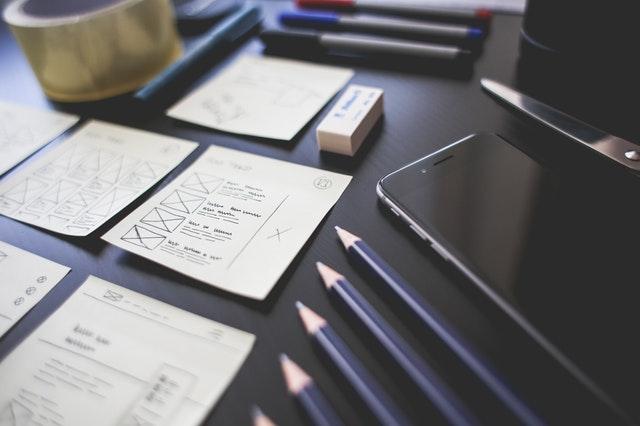 UX és UI design tervezés.